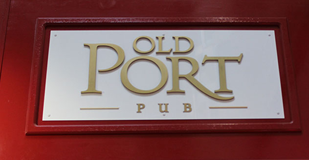 Old Port Pub -kyltti Silja Serenadelta